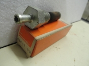 GAS STRAINER FITTING