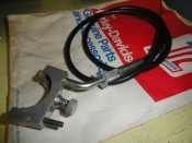 THROTTLE LOWER CLAMP & ASSEMBLY
